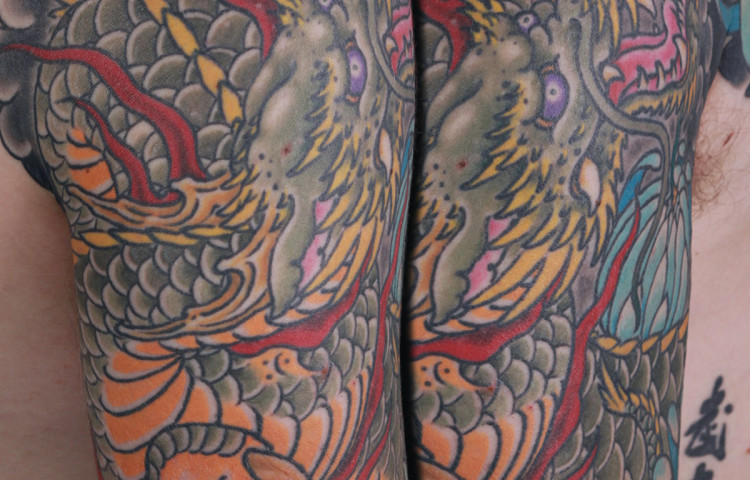 sam-yamini-dedication-tattoo-japanese-dragon-half-sleeve-clouds-arm