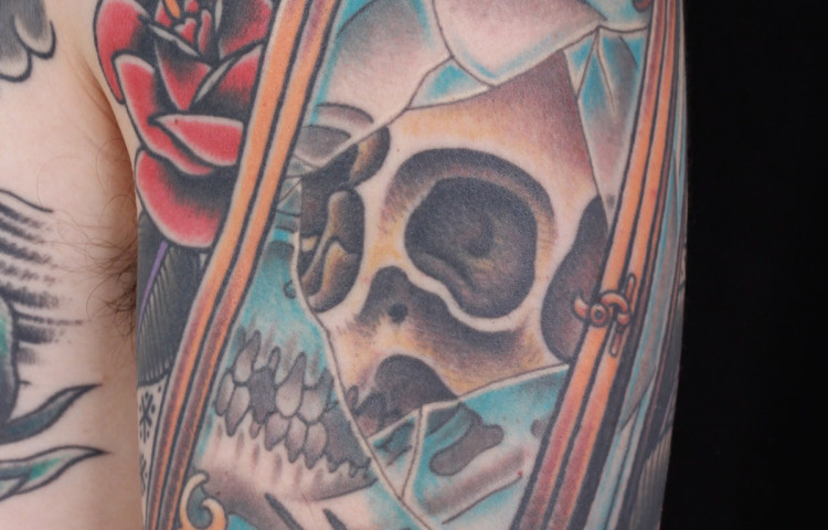 andy-canino-dedication-tattoo-traditional-skull-lantern-roses-sleeve-arm