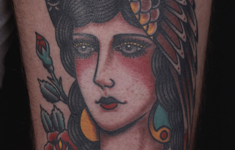 andy-canino-dedication-tattoo-traditional-eagle-girl-head-roses-thigh