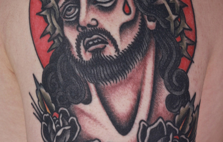 andy-canino-dedication-tattoo-traditional-jesus-christ-roses-arm