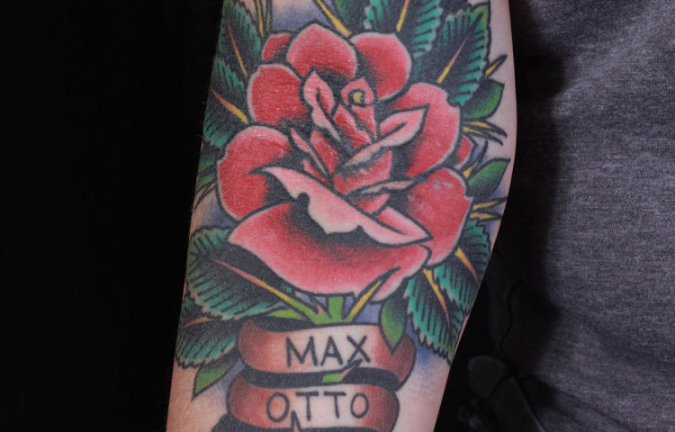 haley-mcmahon-dedication-tattoo-traditional-rose-names-forearm