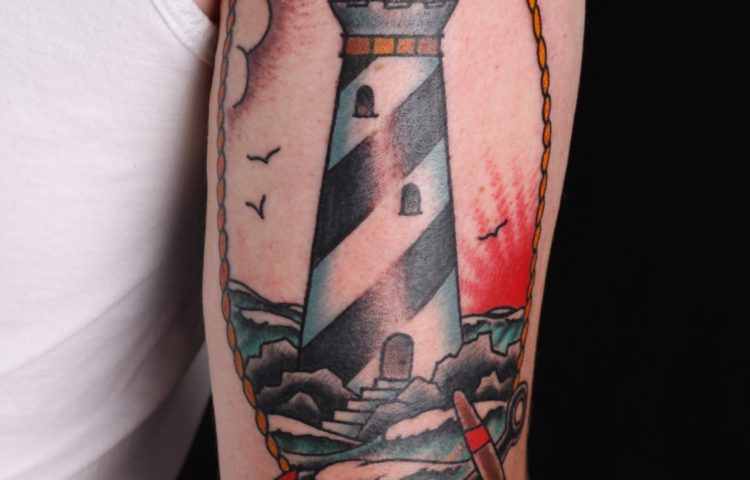 sam-yamini-dedication-tattoo-traditional-lighthouse-anchor-arm