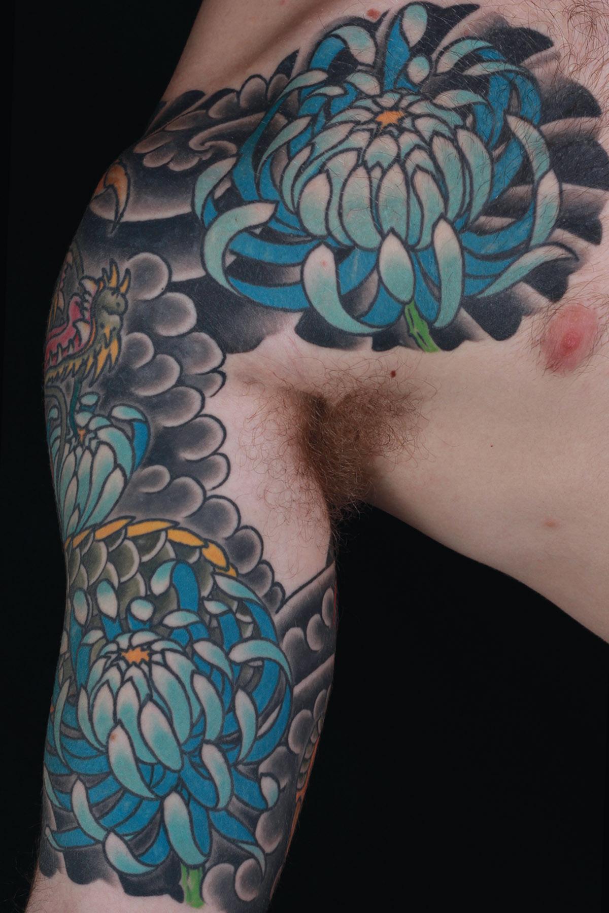 sam-yamini-dedication-tattoo-japanese-chrysathemum-half-sleeve-chest-arm